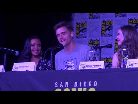 San Diego Comiccon 2018 The Flash panel