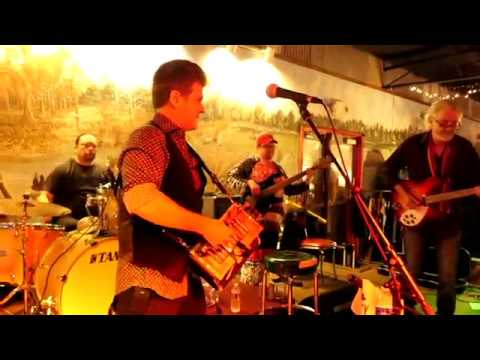 Steve Riley & The Mamou Playboys at Pat's on 02/11/18