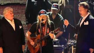Willie Nelson - Family Bible (Live at Farm Aid 30)