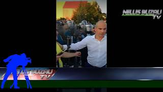 TV NEWS BUZAU -  Miting anti PSD   Gaze lacrimogene  - 10 08 2018