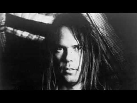 neil-young---about-to-place-his-entire-archive-online!!