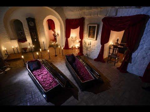 TERNYATA Rumah Asli Drakula NYATA dan Terkenal Angker!