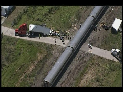 Thumbnail: Amtrak Train Silver Star 91 Crashes In To Semi Truck