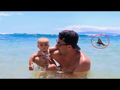 BABYS FIRST TIME IN THE OCEAN *BIG SCARE*