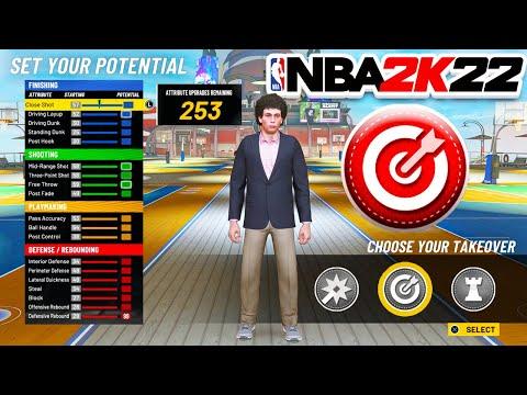 THE BEST POINT GUARD BUILD on NBA 2K22 PS4! 60+ HOF BADGES!