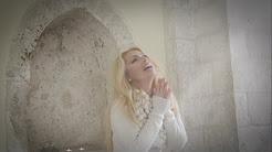 Laura Lara - Silent Night ( Videoclip Oficial )