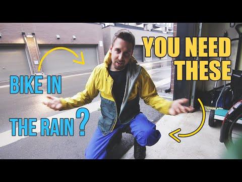 17 TIPS For Biking In The Rain (in Toronto)