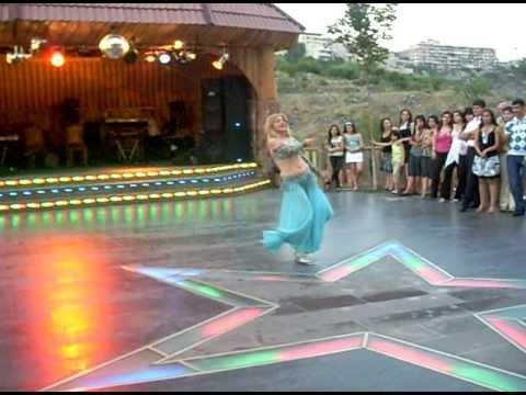 Belly Dancer At Parvana -Yerevan 19-07-2008