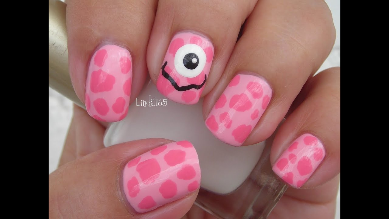 halloween nail art - pink monster