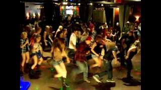 """Harlem Shake"" Line Dance Version"