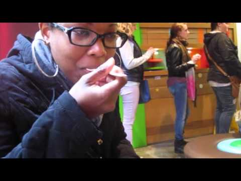 Sprinkles Cupcake ATM New York City Vlog 2014