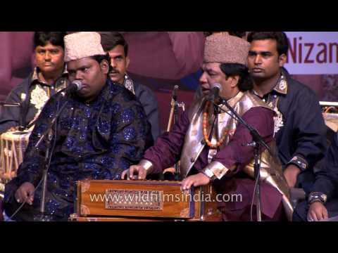 'Man Kun To Maula' qawwali by Nizami brothers
