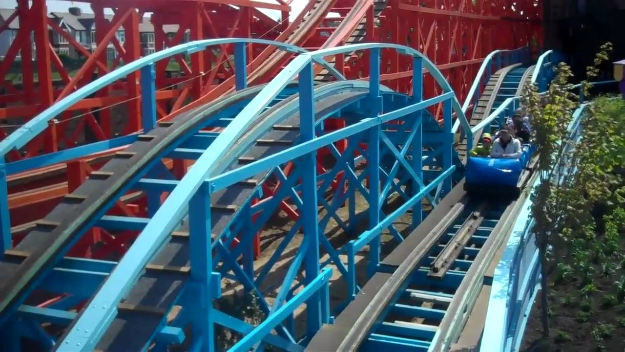 Blue Flyer (On & Off Ride) At Pleasure Beach Blackpool - YouTube