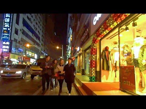重慶萬州街頭往幾樣菜餐廳 WanZhou, Chongqing (China)