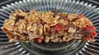 Maple Bacon Granola Bars -with Yoyomax12