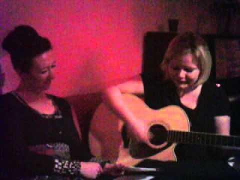 Wilds Wossa (umgetextet für 40. Geburtstag meiner Tante) - performed by Dagi & Kathl