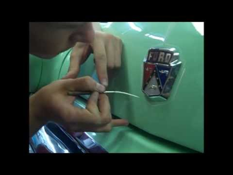 Pinstriping PRODIGY Monte Roach: stripes his 53 Ford