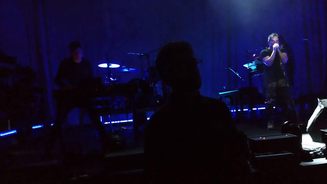 I Can\'t Give Everything Away - Nine Inch Nails London 24/06/18 - YouTube