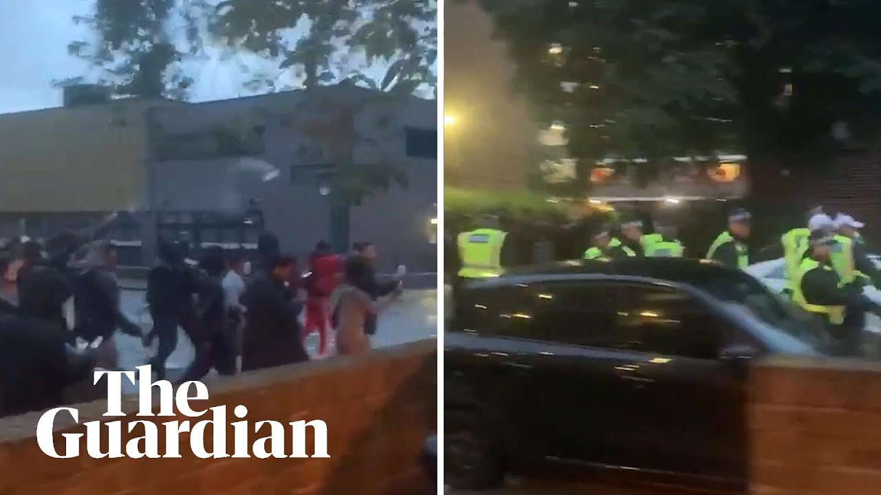 Police Officers Attacked By Crowds At Illegal White City Music Event Youtube