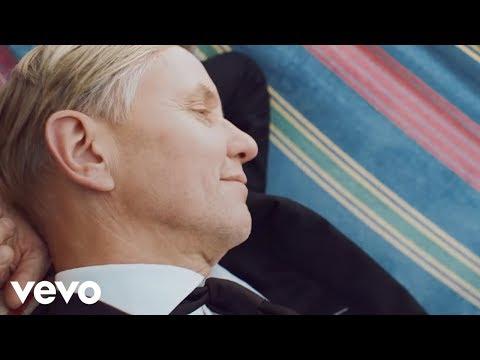 Max Raabe  Der perfekte Moment… wird heut verpennt