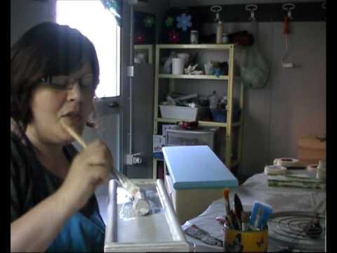 Come fare il decoupage sulle ante della cucina | Fai da Te Mania