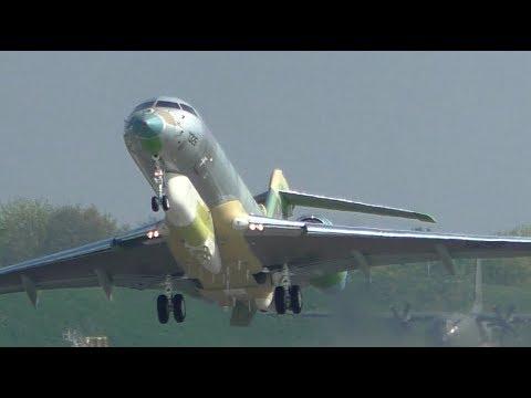 UAE Air Force Global 6000 1326 Departing Cambridge Airport