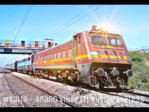 22428 Balia - Anand Vihar (T) Bhrigu SF Express With GZB WAP-4 P4 Smashed Bamrauli Full Speed Action