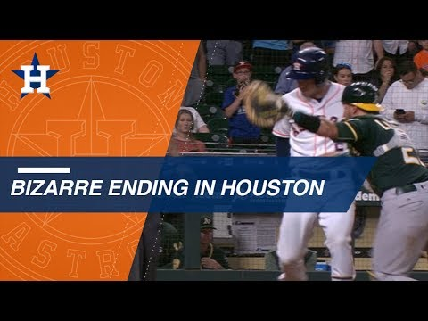 Astros walk it off in bizarre fashion in the 11th