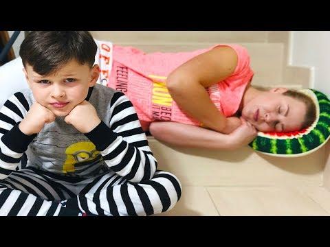 ALİ GECEDE UYUMADI! Funny Kids Pretend Playtime, Video for Children