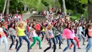 Sis n Bro World Peace Dance Flashmob, Moldova, Chisinau