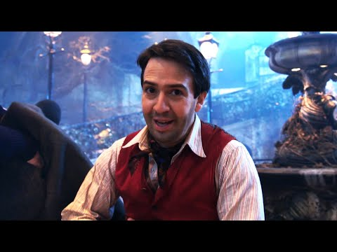 "Mary Poppins Returns ""Trip A Little Light Fantastic"" Behind The Scenes Mp3"