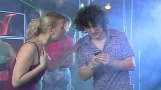 Смотреть приколы с блондинками 2012 в клубе онлайн