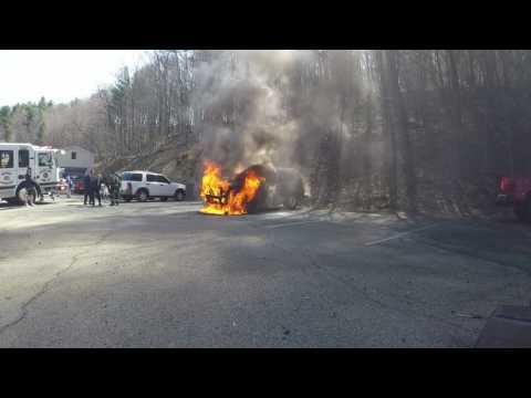Ford SUV catches fire - Pottsville, PA - 04/13/2017