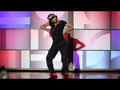Comfort Fedoke Works the Dance Floor
