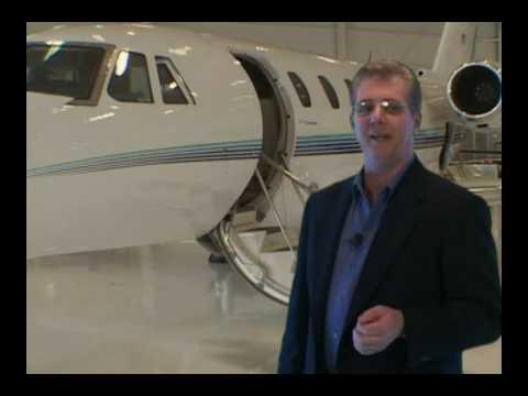 San Diego Flight Training International Pilot Airline School - YouTube
