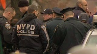 Video Raw: NYPD Officers Shot in Car, Injured download MP3, 3GP, MP4, WEBM, AVI, FLV Oktober 2018