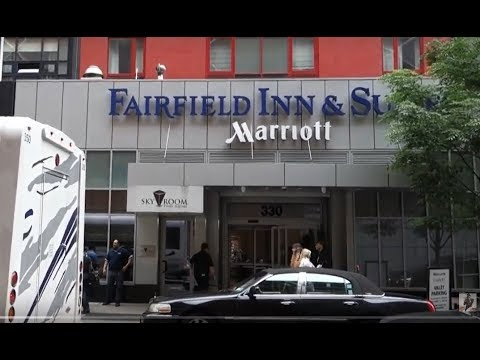 Fairfield Inn \u0026 Suites  - W. 40th Street Near Times Square - Manhattan Cheap Hotel Review