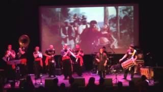 Chaiyya Chaiyya - Bollywood Brass Band and Rafaqat Ali Khan