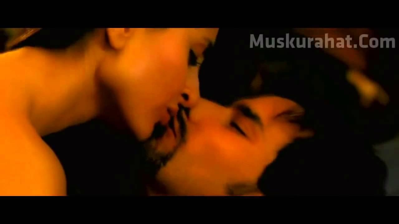 Sex scene video from movie kurbaan