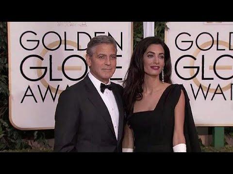 جورج كلوني وزوجته يتبرعان بنصف مليون دولار للناجين من حادث باركلاند…  - نشر قبل 2 ساعة