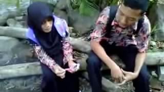 Download Video Cinta anak smu 1 nguter MP3 3GP MP4