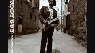Buddy Guy - On A Saturday Night