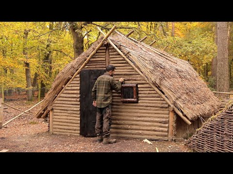 Building a Burnt Wood Door - UPGRADE to the Medieval Bushcraft House (PART 16)