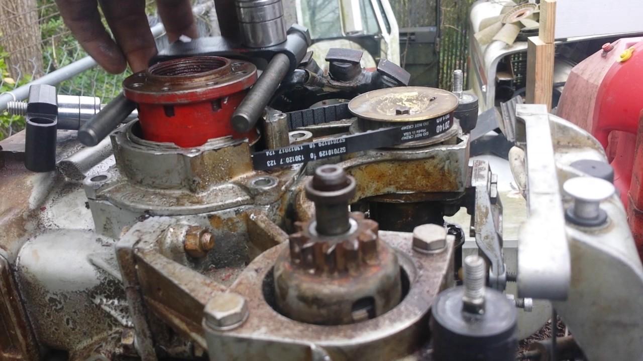 Mercury outboard flywheel puller