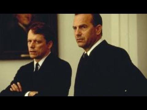 """""""Trece días"""": La historia llevada al cine (""""Thirteen Days"""": Bringing history to the screen)"""