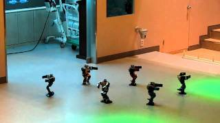 "Mini robots dancing to ""Nobody nobody but you..*clap clap*"""