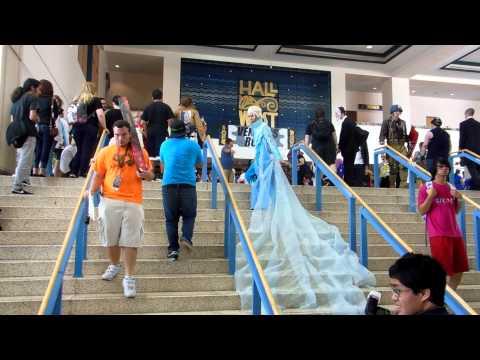 Metrocon 2014 Tampa Convention Center part 3 walking around
