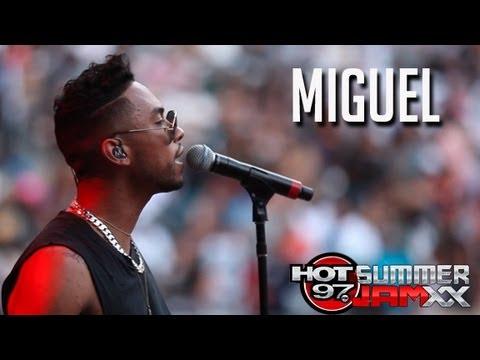 Miguel Performs