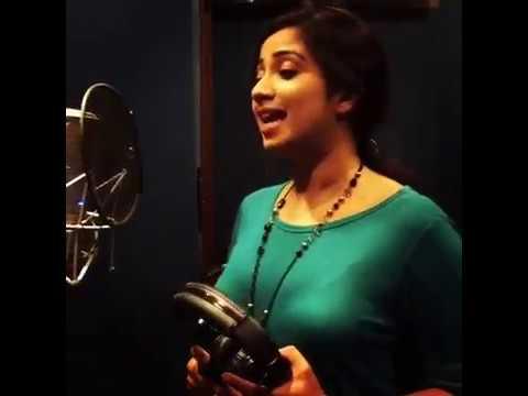 Shreya Ghoshal about Eask Song | Iravil...