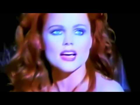 La Luna [Extended Dance Mix] - Belinda Carlisle (MV) 1989